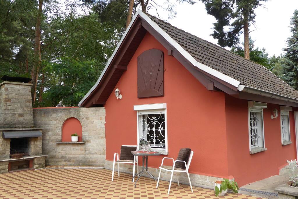 idyllisches Ferienhaus inkl. Terrasse