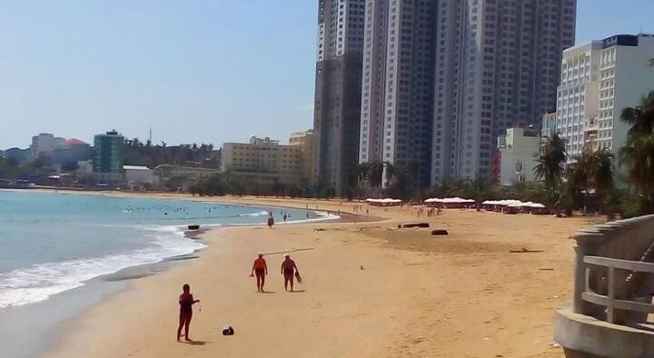 Ocean view apartment beachfront 2 bedrooms