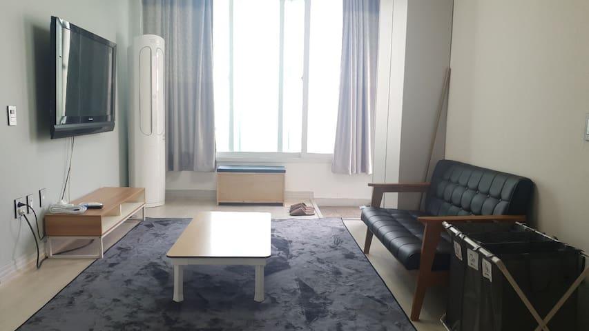 여수시 중심가에 위치한 2층 단독주택 독채 테라스 옥상 이용가능 ky house