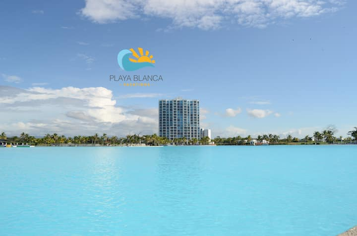 1 Bedroom Apartment with Lagoon view PH Waterways