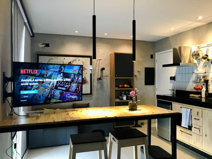 Studio - Minimalista # internet 120 Mega