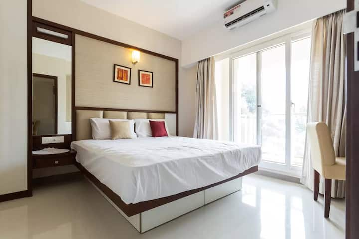 Dhomz suites, Studio apartment in Panampilly Nagar