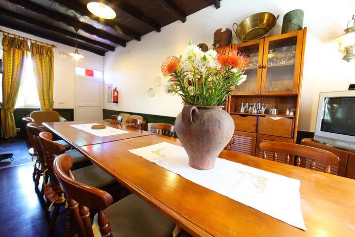 Casa do Ribeirinho Twin Room - Porto Moniz - Huis