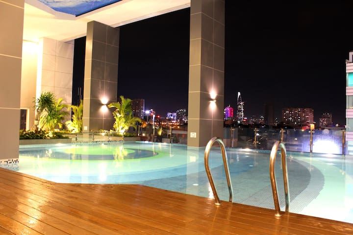 Lovely City View//2BR & Great Pool!! - phường 3, Q.4 - Appartement