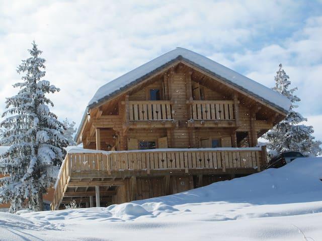 Chalet cosy en bois massif - Le Dévoluy - Xalet