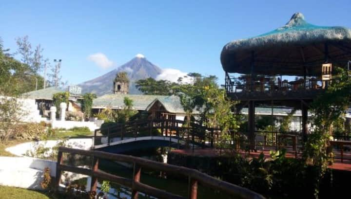 "Rm10 6persons Patio DeCagsawa Resort ""MayonVolcano"