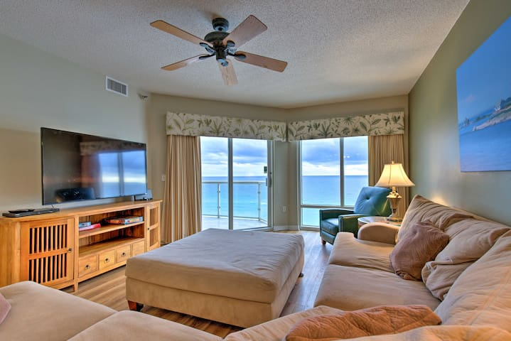 NEW! Beachfront Gulf Getaway w/ Beach Access+Views