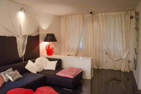 Priscilla Luxury Home - Lugagnano - 独立屋