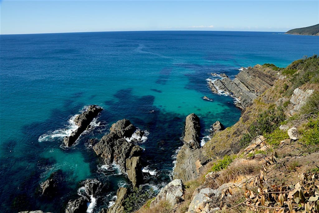 Watch the whales and dolphins 50m from your unit. Snorkeling here is amazing!