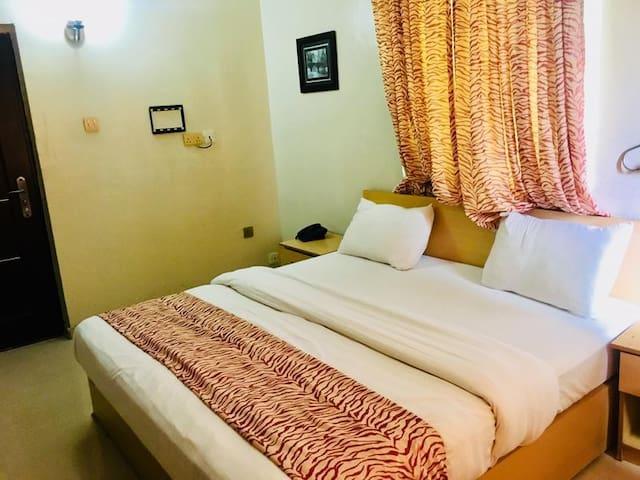 Mignonette Hotel & Suites - Executive Standard