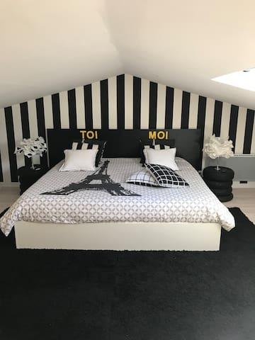 Chambre 39m2 lit 200x200