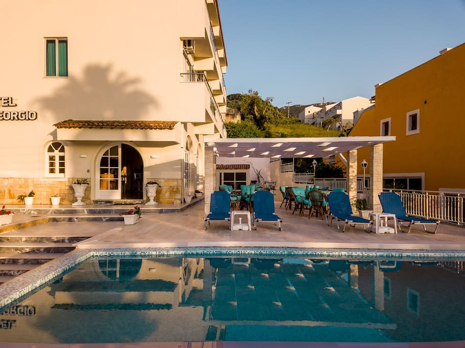 San Georgio Hotel in Agios Georgios Pagon in Corfu | Boutique small Hotel Bed & Breakfast