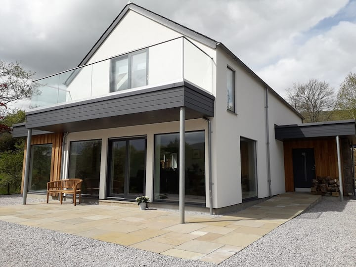 Contemporary house with stunning views of Loch Tay