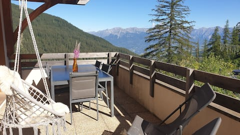 Appartement T2 - magnifique vue -  piscine & sauna