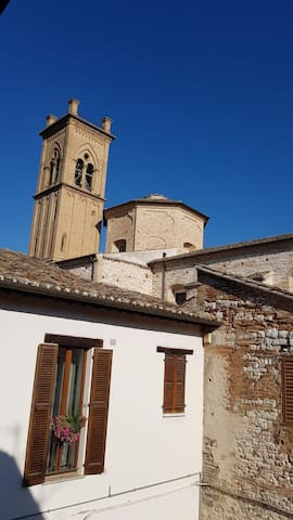 "Beautiful home in the ""Centro storico"" of Pergola."