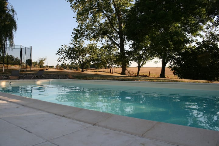 Grande maison de charme avec piscine