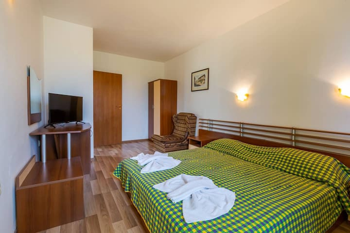 ⭐️Quiet 2 BDRS apartment in Dafinka Guest House⭐️IK⭐️