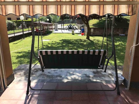 Apartment with pool, garden and private parking