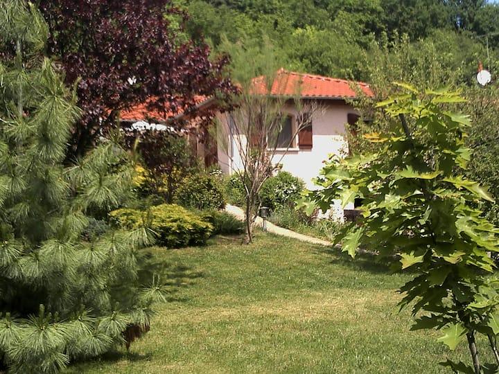 La Meïzou, gîte/chambres d'hôtes à Champeix