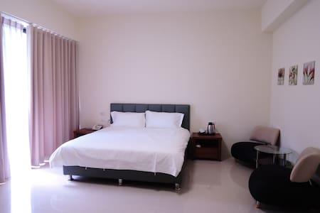 204縱谷景觀獨立陽台雙人套房