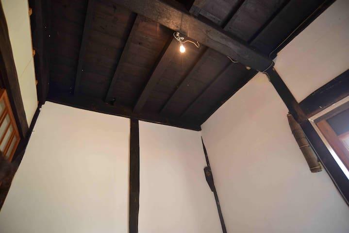 趣きのある天井