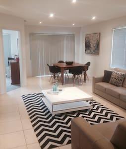 Batemans Bay Apartment - Batemans Bay