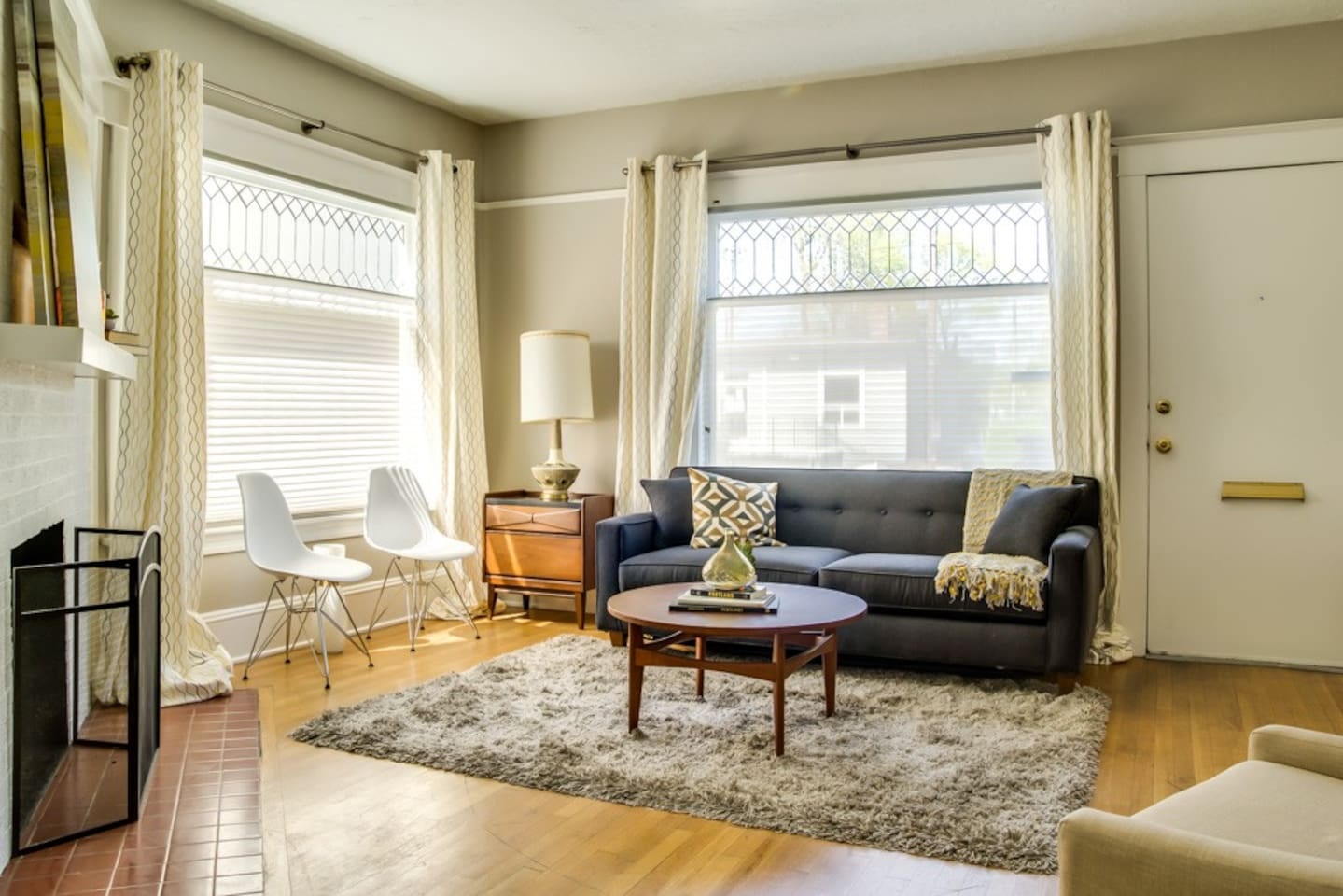 Cooper Spur Suite - Large Urban 2br great location - Apartments for ...