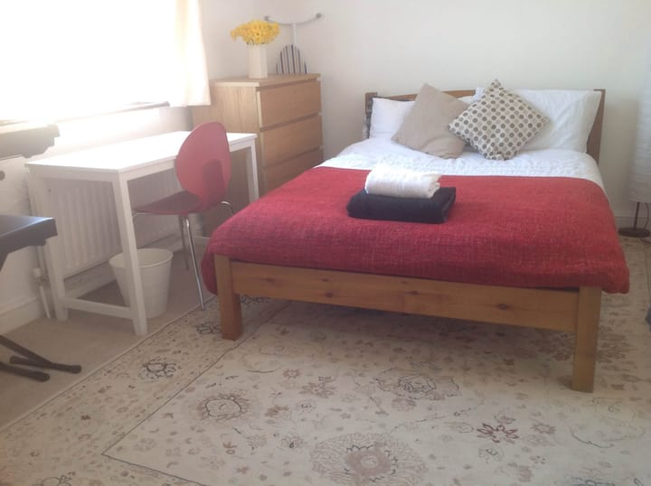 Double bedroom with ensuite bath