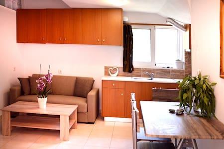 Sky-Line Apartment 3