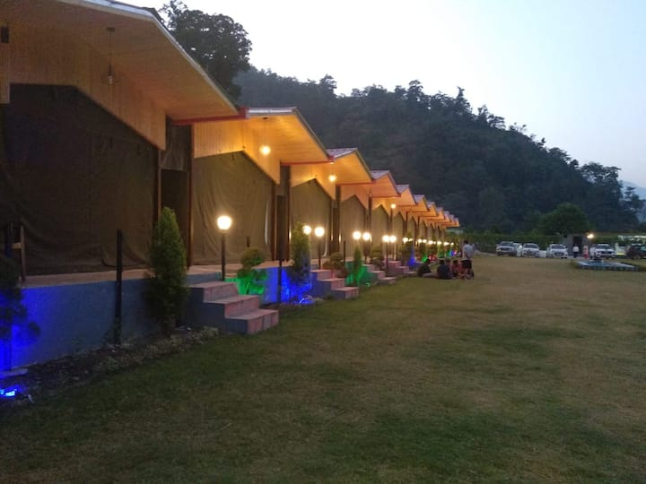 Hoa Resorts - Luxury  Cottages in Rishikesh