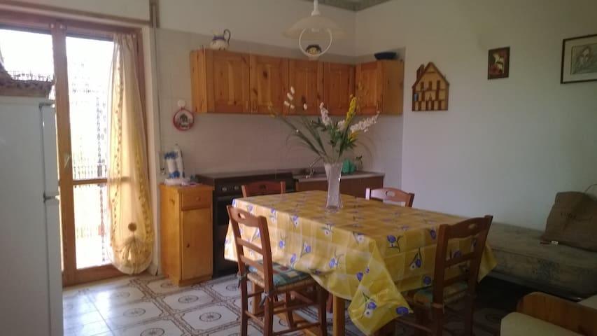 Appartamento a 150 metri dal mare - San Lucido - Pis