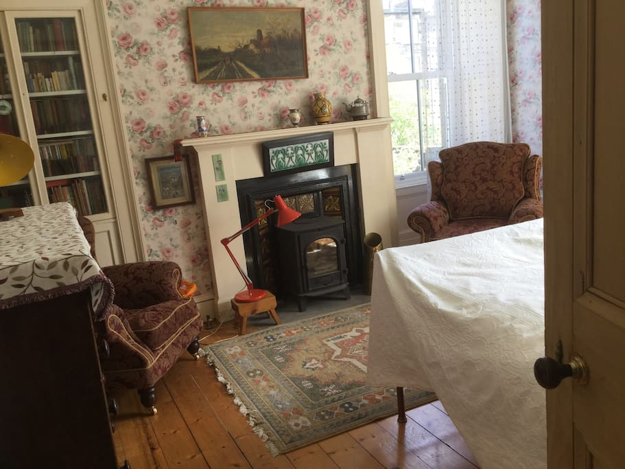 This airy double room look out onto Calton Hill