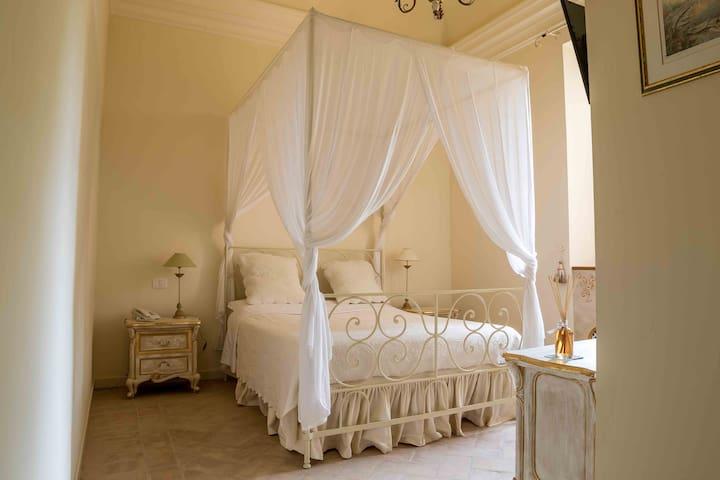 Suite Leonardo - Villa San Martino Relais&Wellness - Saltara - Casa de camp