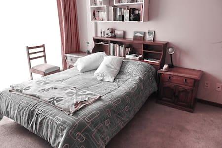 1 chambre idéale pour un séjour tranquille