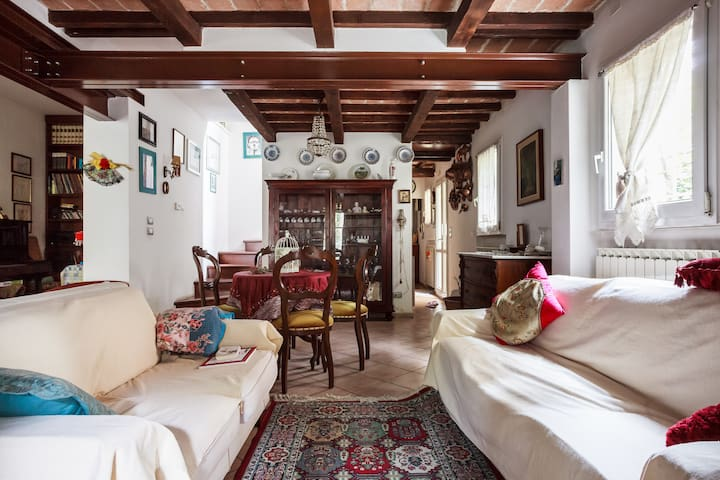 Elegante villetta cielo terra - Modena - House