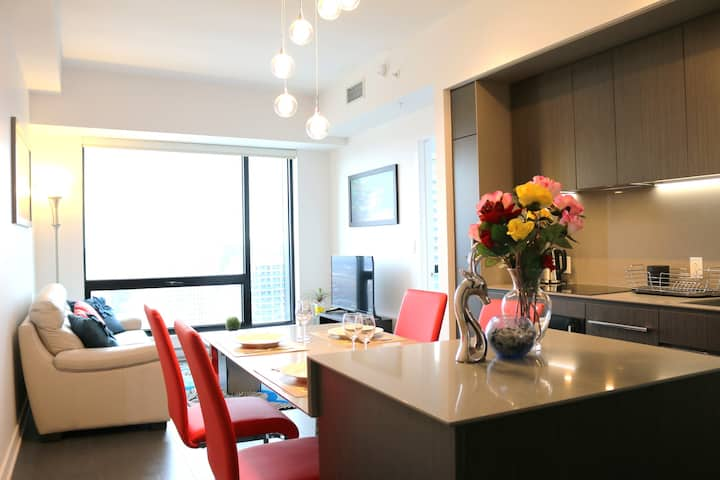 Modern Condo with Great View in Downtown MTL