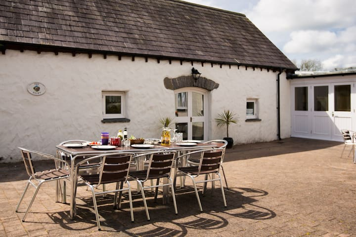 The Dairy, Portclew Cottages, Freshwater East