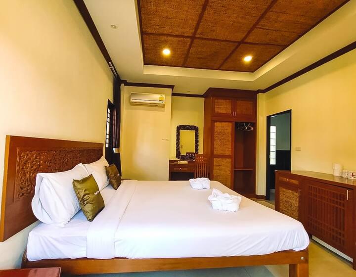 Homey Single-Level Villa at Fueangfu Villa