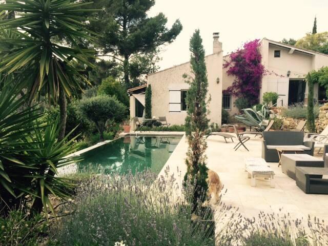 Maison vue panoramique, piscine à débordement - Le Castellet - Apartamento
