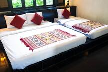 example bed arrangement : triple (1king plus 1 single). Can arrange with additional cost 300,000rp.