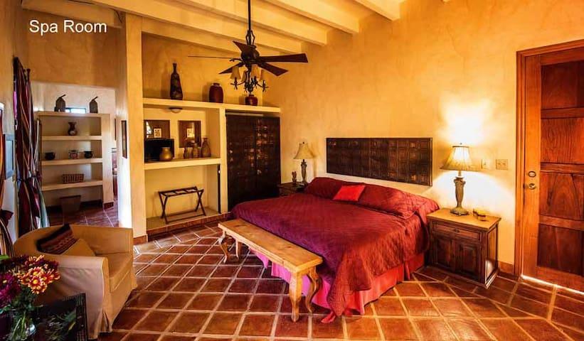 Alamos, Sonora, Loma de Guadalupe Spa Room