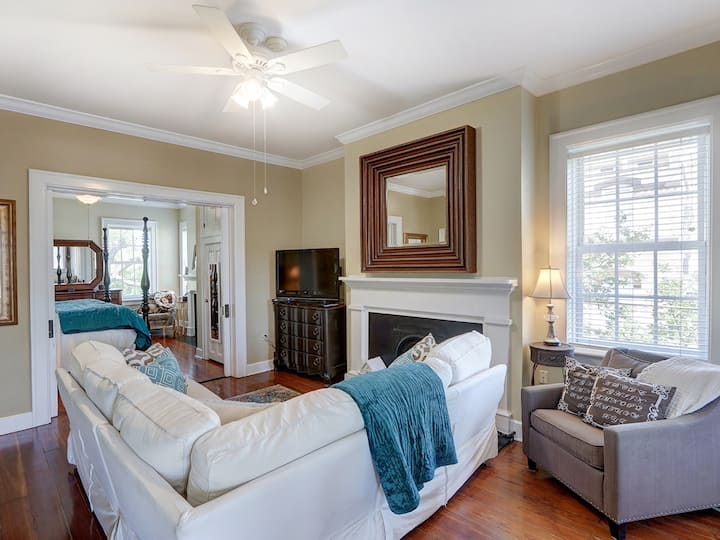 Heated Pool | 5*Clean | Flex Cancellation | Grocery Delivery | Classy & Cozy