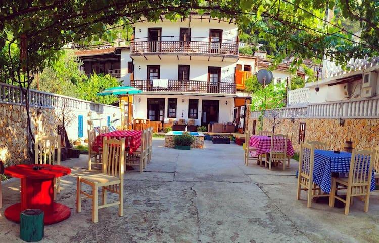 Maya Hostel