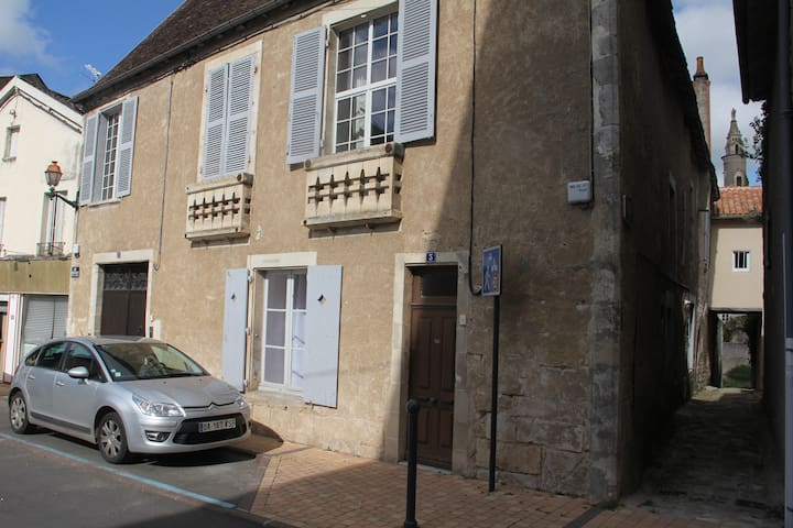 Charming Home in Center of Montmorillon