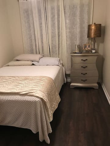 Perfect stay close to Nola!