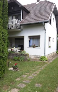 Have a relaxing holiday 2min from the lake Balaton - Balatonszemes - Wohnung