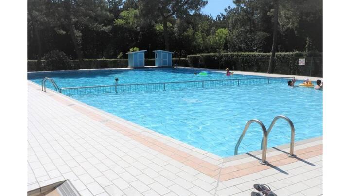 Appartamento trilocale in residence con piscina