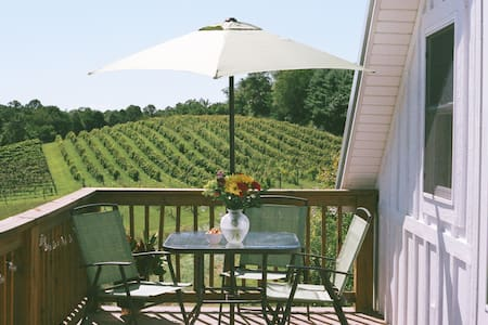 Chevalier Vineyard Vacations - The Winery Loft