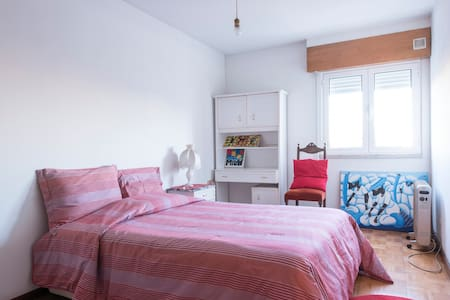 Appt. with 2 rooms, 5-persons, near metro station - Lisboa - Lejlighed