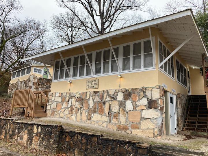 Lakeshore Getaway on Lake Taneycomo